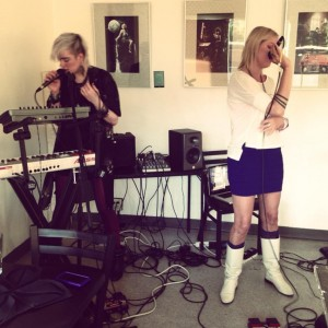 Drala performing May 2013 at Portland Tarot Art Show at Cathedral Park Restaurant